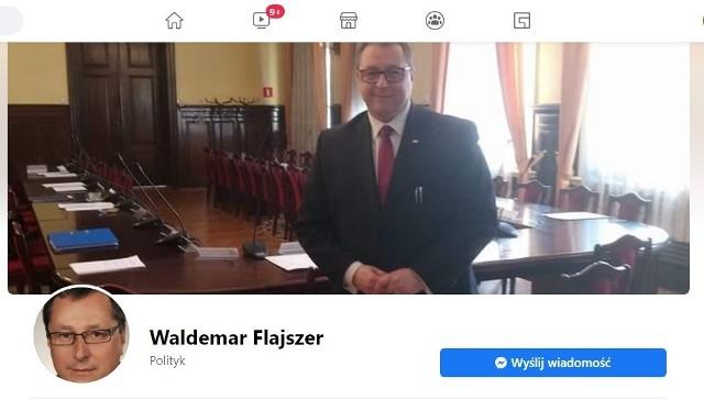 Waldemar Flajszer w związku z wynikami poniedziałkowego konkursu na łódzkiego kuratora oświaty ma zostać przedstawiony ministrowi odpowiedzialnemu za edukację jako kandydat do objęcia tej funkcji. W poniedziałek dowiedzieliśmy się tego nieoficjalnie, we wtorek (20 października) potwierdził to sam Waldemar Flajszer (na zdjęciu).