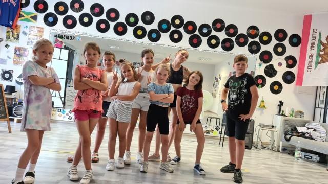 Wakacyjne warsztaty w białobrzeskiej Szkole Tańca Kosmos poprowadzili najlepsi tancerze z Polski.