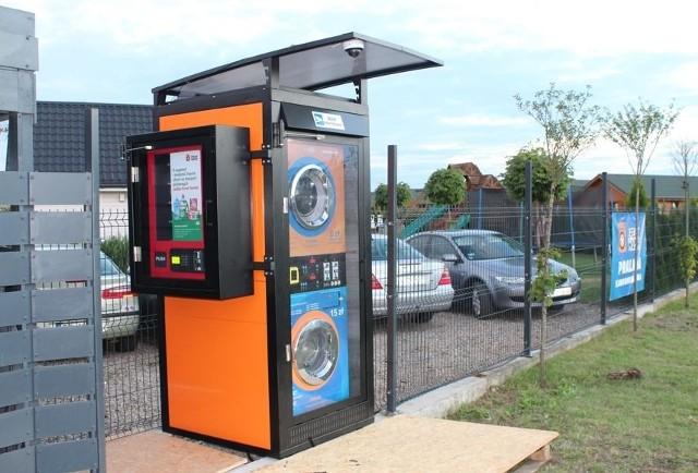 Polski startup instaluje automaty pralnicze dla kierowców. Pierwsze pojawiły się na Dolnym Śląsku.