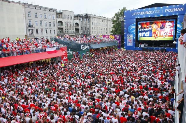 W czasie Euro 2012 strefa kibica na placu Wolności cieszyła się popularnością wśród poznaniaków. Zwłaszcza, kiedy grali biało-czerwoni