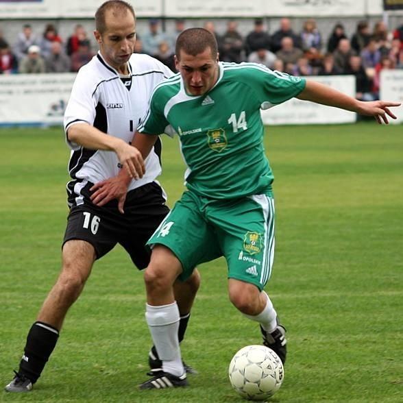 III liga. Rajfel Krasiejów-Silesius Kotórz Maly 2-0.