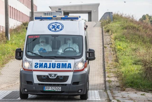 Koronawirus. W środę, 21 października, padł kolejny rekord liczby zakażeń. W całej Polsce odnotowano przeszło 10 tysięcy przypadków. Jak wygląda sytuacja w woj. łódzkim?CZYTAJ DALEJ NA NASTĘPNYM SLAJDZIE