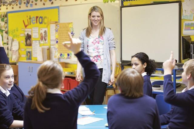 Dzień Nauczyciela to doskonała okazja do podziękowania wychowawcom za ich trud włożony w nasze nauczanie