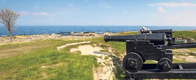 Bornholm to przepiękna wyspa na Bałtyku nazywana także Majorką Północy. Rejs z Darłowa trwa ponad cztery godziny.