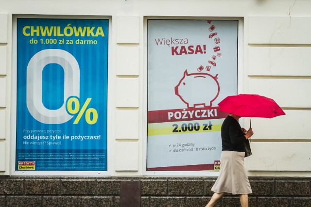 """Posługiwanie się cudzym dowodem czy zatajanie informacji w celu uzyskania kredytu jest przestępstwem za które grozi więzienie. Pomimo tego, część Polaków nie widzi nic złego w takim zachowaniu - wynika z analizy """"moralności finansowej"""" Polaków, przeprowadzonej przez Związek Przedsiębiorstw Finansowych w Polsce (ZPF) w partnerstwie z BIG InfoMonitor, Everest Finanse i Polską Siecią Windykacji. Skutek? Duża skala wyłudzeń kredytu lub pożyczki.Ilu naszych rodaków gotowych jest oszukać bank i jak to robią? Zobacz na kolejnych slajdach, posługując się klawiszami strzałek, myszką lub gestami."""