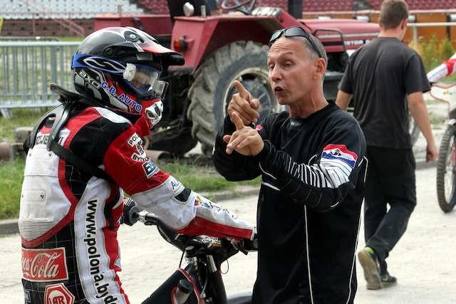 Marcin Jędrzejewski i trener Jacek Gollob