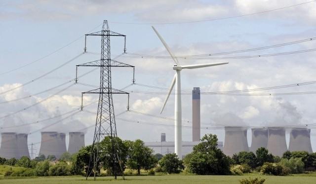 Energetycy będą musieli ograniczyć dostawy prądu, aby uniknąć awarii