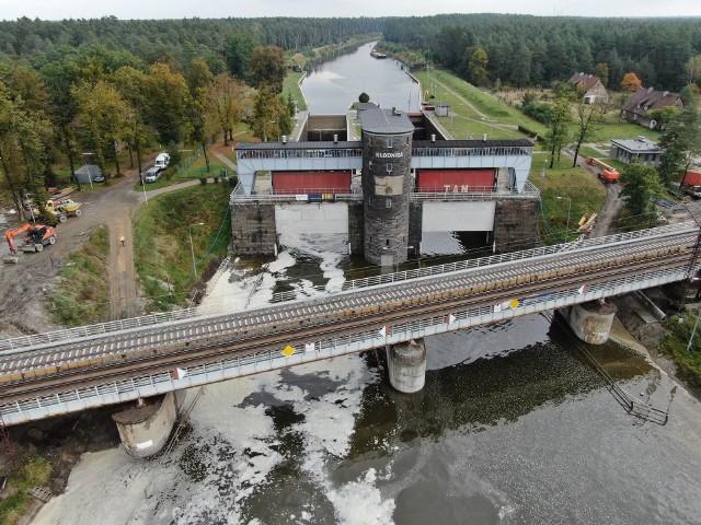 Postęp prac na linii E30 Opole - Kędzierzyn-Koźle.
