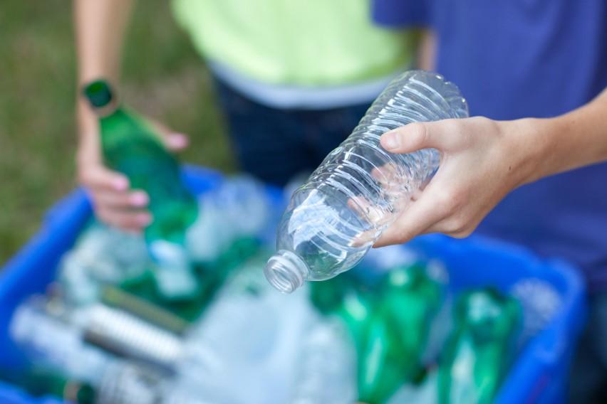 Kaucja za butelki plastikowe i puszki aluminiowe uderzy nas...