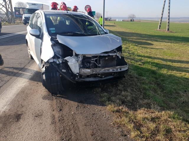 Trzy samochody zderzyły się w Zimnicach Małych. Do zdarzenia doszło we wtorek (10.03.2020) po godz. 8 rano.