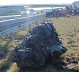Wypadek A2 koło w Łodzi. Na autostradzie samochód wypadł z drogi! Ranni