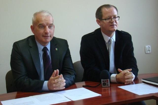 Radni PiS Robert Paluch i Zbigniew Koscik głosowali przeciwko łączeniu ośrodków