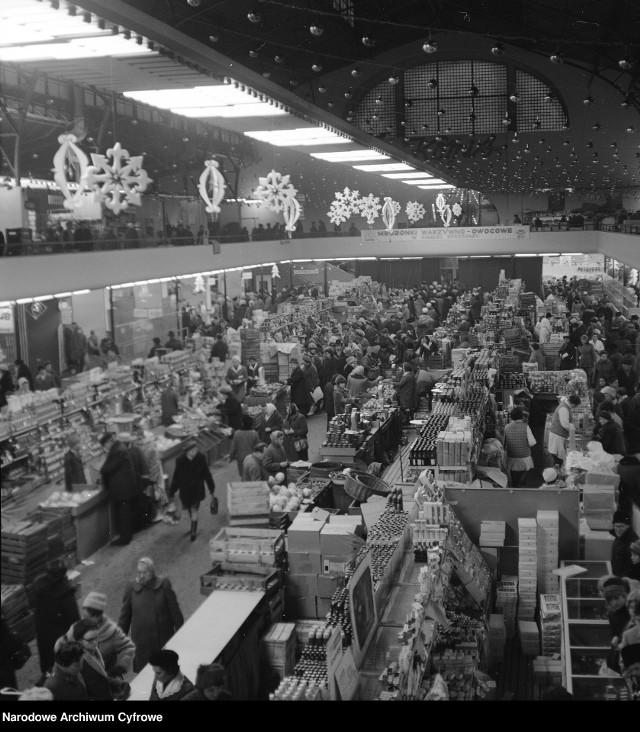 Przygotowania do świąt w Polsce na archiwalnych zdjęciach