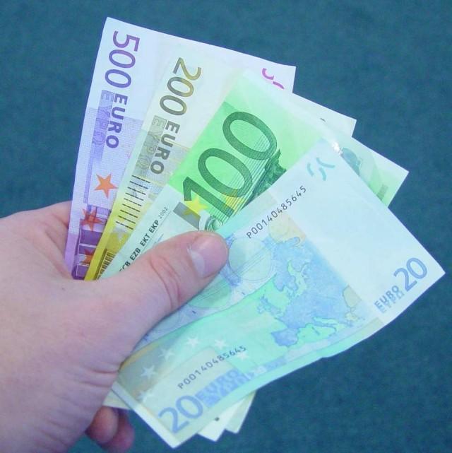 Opolszczyzna na lata 2007 - 2013 otrzymała z Unii Europejskiej 427 mln euro. Na wydanie pieniędzy mamy czas do 2015 roku.