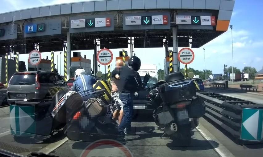 Bójka przed bramkami na autostradzie A4 pod Wrocławiem