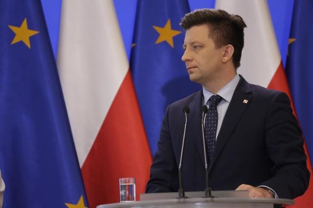 Szef Kancelarii Premiera Michał Dworczyk poinformował, że rząd pracuje nad nową ustawą regulującą przeloty rządowym samolotem najważniejszych osób w państwie.