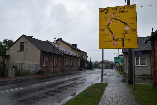 Uwaga! Remont DW790 w Ogrodzieńcu