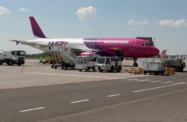 Kilkoro Polaków lecących z Gdańska do Bergen urządziło sobie imprezę na pokładzie samolotu Wizz Air