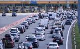 """Korki na  A1 - to ostatnie wakacje z problemami? System poboru opłat utrudnia życie kierowcom. """"Wszyscy płacimy za podnoszenie bramek"""""""