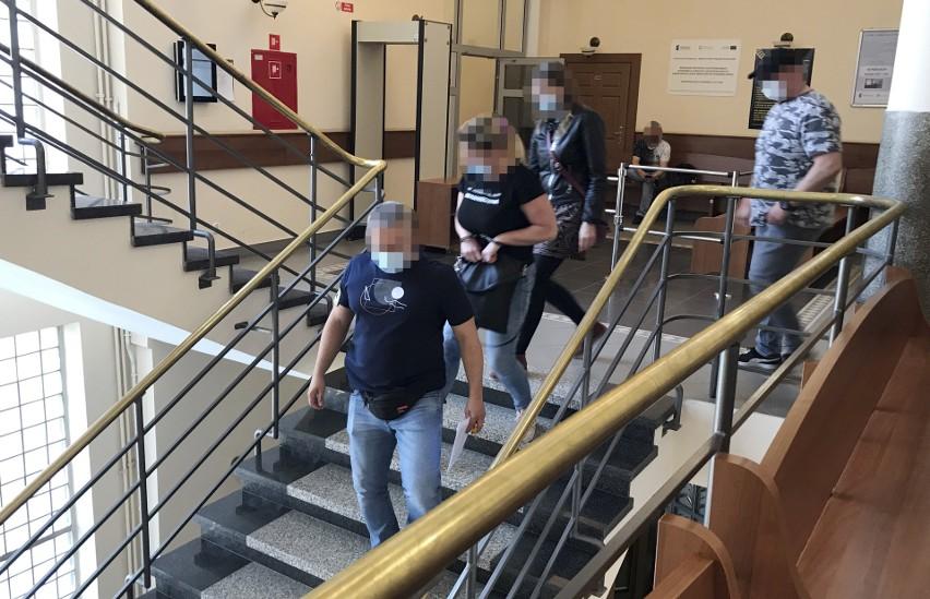 Doprowadzenia na posiedzenia aresztowe w Sądzie Rejonowym w...