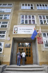 Wrocław: Rekrutacja do liceów. Najtrudniej dostać się do liceum dwujęzycznego (PROGI PUNKTOWE)