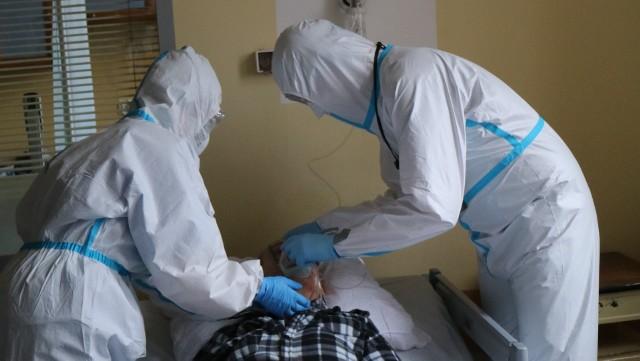 Ruszają wypłaty dodatków covidowych dla personelu Szpitala Specjalistycznego nr 4 w Bytomiu