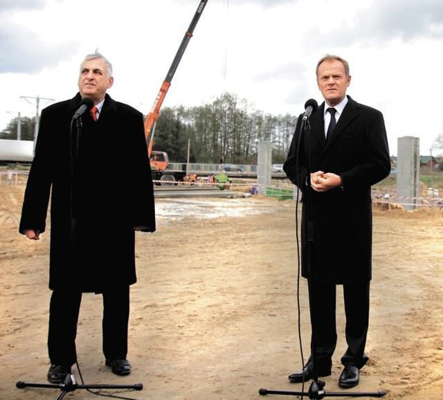 Cieszę się z inwestycji na Podlasiu. Ten region przez wiele lat był traktowany trochę po macoszemu – mówił wczoraj w Zambrowie premier Donald Tusk.