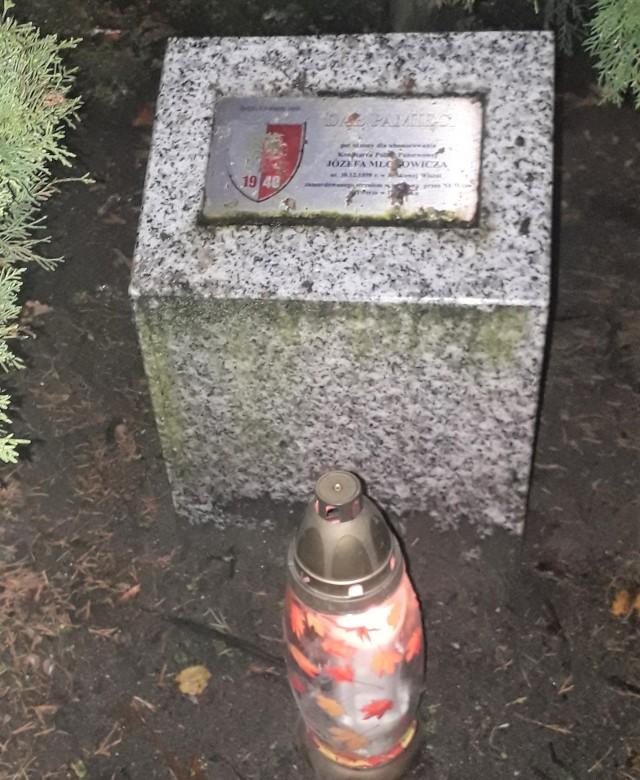 Znicze zapłonęły w miejscach pamięci w Suchoręczu i Szubinie. Okazją - Święto Policji