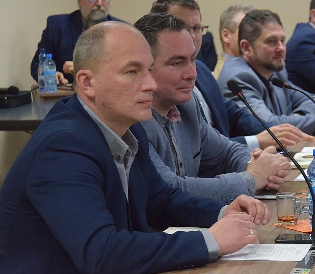 Odwołania przewodniczącej chcą m.in. Sebastian Janiak (pierwszy z lewej) i Paweł Żmuda.
