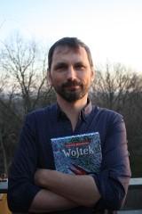 Ludzie na wsiach na bociana wołali wojtek. Wojciech Mikołuszko o jednym z nich napisał książkę. I to nie tylko dla dzieci