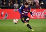 Barcelona uratowała punkt w szalonym meczu z Villarrealem