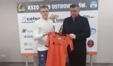 Nowy piłkarz w trzecioligowym KSZO 1929 Ostrowiec. Kacper Laskos został wypożyczony z GKS Tychy [ZDJĘCIA]