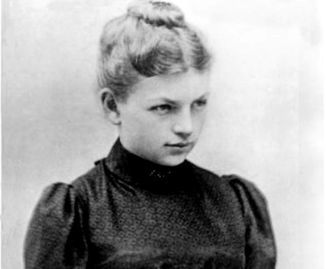 Bohaterką jednego z komiksów jest Klara Immerwahr, pierwsza kobieta, która obroniła doktorat z chemii na Uniwersytecie Wrocławskim.