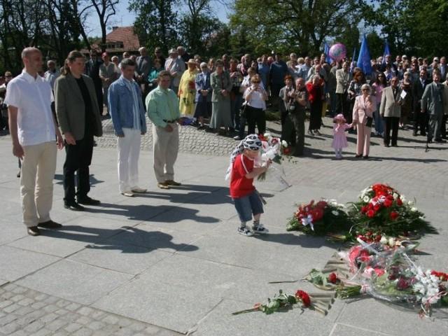 1 Maja w SzczeciniePierwszomajowe uroczystości w obiektywie Andrzeja Szkockiego.