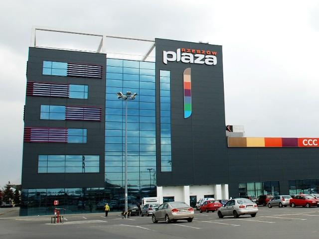 Otwarcie sklepu marki TATUUM w Centrum Handlowym Plaza Rzeszów planowane jest na wrzesień 2013 roku.