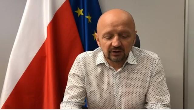 W piątek senator Jacek Bury wydał oświadczenie, w którym nawołuje polityków, aby się opamiętali i zrezygnowali z tego pomysłu