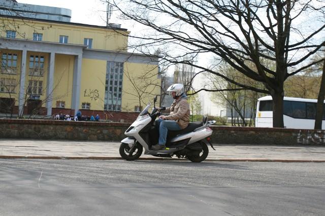 Elektryczne skutery w Łodzi będzie można wypożyczać