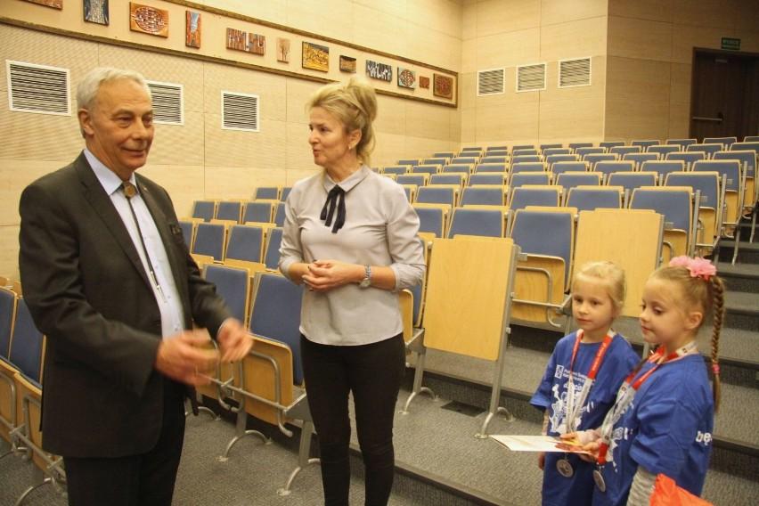 Pełne magii zajęcia dla dzieci na Politechnice Świętokrzyskiej w Kielcach