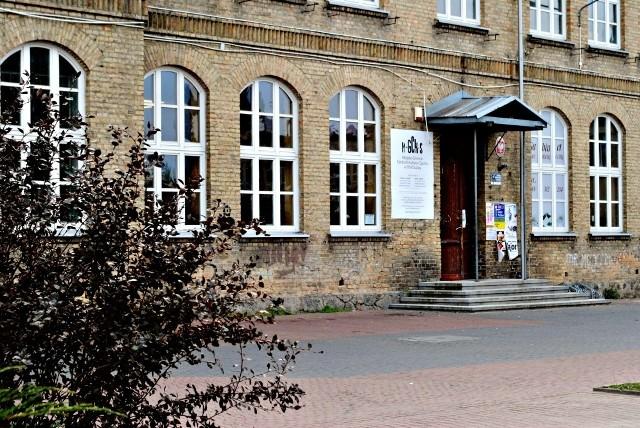 Miejsko-Gminne Centrum Kultury i Sportu w Choroszczy