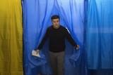 Wybory prezydenckie na Ukrainie 2019 WYNIKI Wołodymyr Zełenski zwycięzcą I tury. Czy będzie ukraińskim Ronaldem Reaganem?