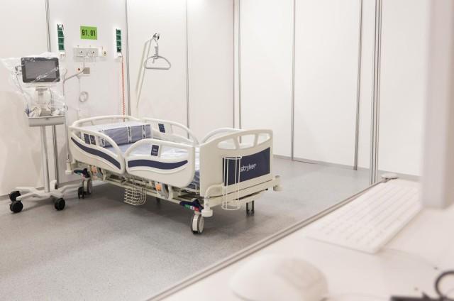 Z szacunków resortu zdrowia wynika, że pod koniec października będziemy mieli około 5 tys. zakażeń dziennie.