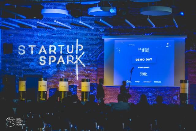 Młode firmy zakończyły projekt Startup Spark