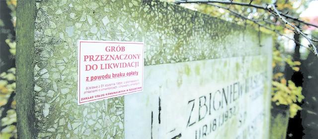 Administracja szczecińskich cmentarzy wywiesiła już 6 tys. wywieszek, że skończyła się ważność grobu.