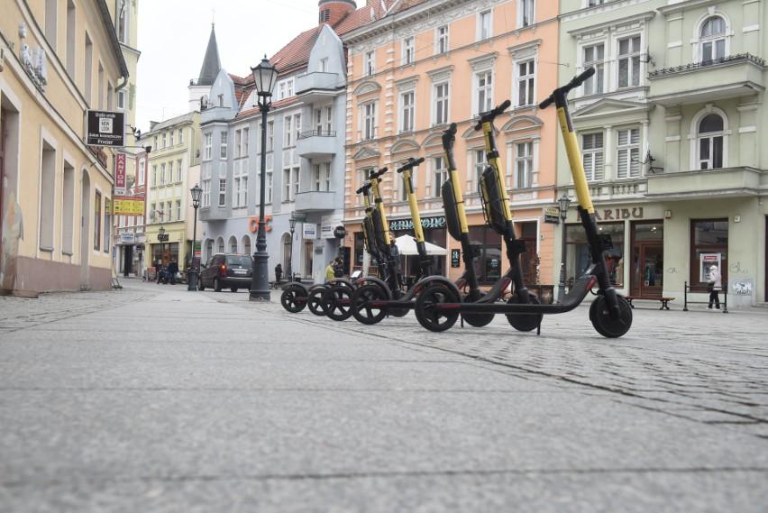 Zielonogórski deptak - widok od strony ulicy Kupieckiej.