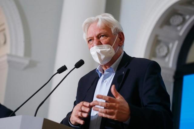 Prof. Horban chwali rosyjską szczepionkę: Ma ma bardzo porządnie zrobione badania klinicznie
