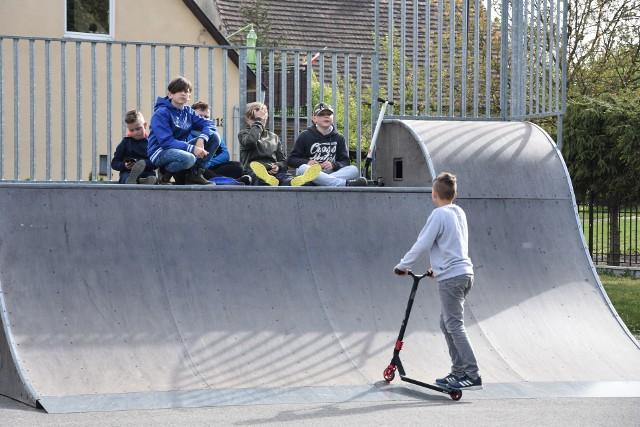 Na miasteczko ruchu drogowego wydzielona zostanie część skateparku w Kcyni