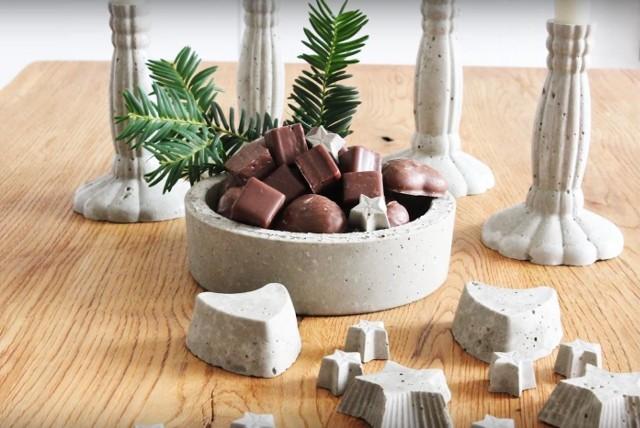 Misa na owoce, przekąski i słodycze wykonana z betonu jest dekoracją samą w sobie.