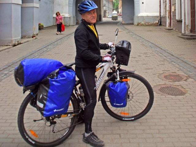 Hajer pod Ostrą Bramą. Do Soczi jeszcze daleko. O swoich podróżach opowiadał podczas Festiwalu Podróżników w WSG.