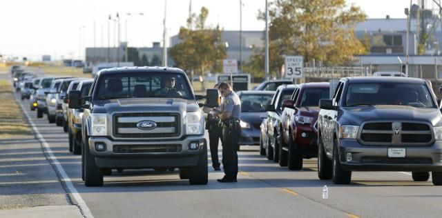 Policja wokół lotniska w Oklahoma City