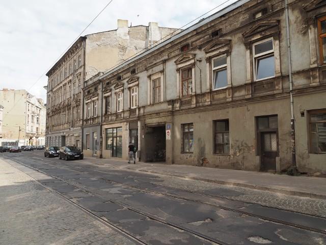 W odnowionej kamienicy przy ul. Legionów 44 w Łodzi  powstanie 20 mieszkań komunalnych, pięć lokali handlowo-usługowych, dom dla małoletnich matek z dziećmi i świetlica twórcza dla młodzieży.